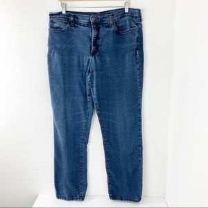 NYDJ Medium Wash Straight Jeans Stretch Plus sz 18